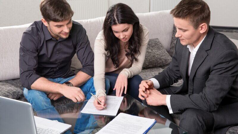Кредит на покупку недвижимости по двум документам
