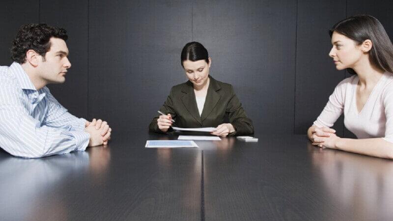 Как передать долговые обязательства при разводе?