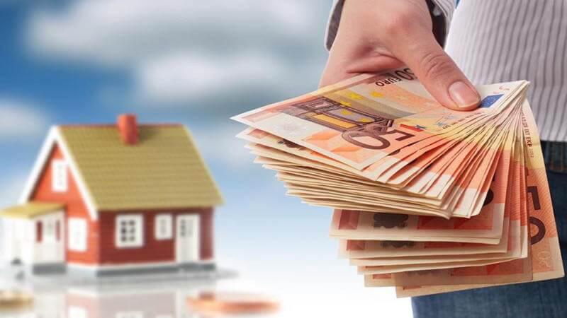 Как взять ипотеку без официального трудоустройства в Сбербанке при помощи большого первоначального взноса?