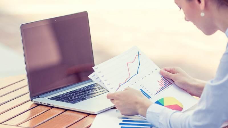 Мониторинг изменений банковских предложений