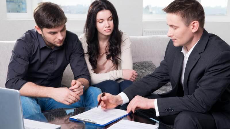 Привлечение третьих лиц в качестве созаемщика или поручителя