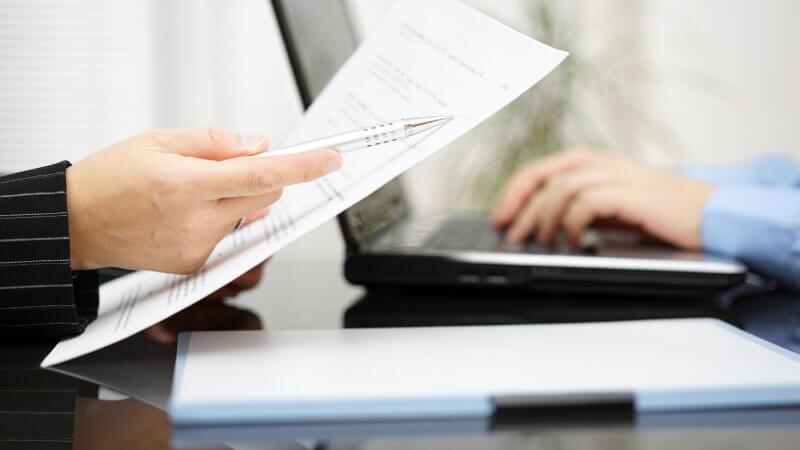 Какую информацию нужно указать в заявке на перепланировку?