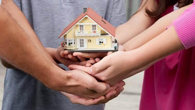 Можно ли выделить доли детям в ипотечной квартире?